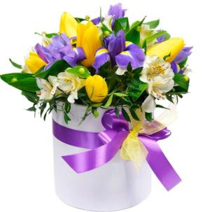 """Цветы в коробке """"Офелия"""""""